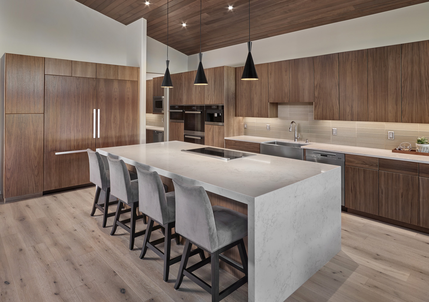 featured_homes_homage-to-mid-century-modern2